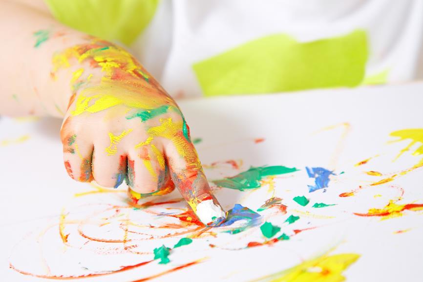 تأثیر شگفتانگیز نقاشی انگشتی بر رشد مغزی کودک